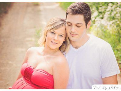 Bryce and Julia maternity shoot