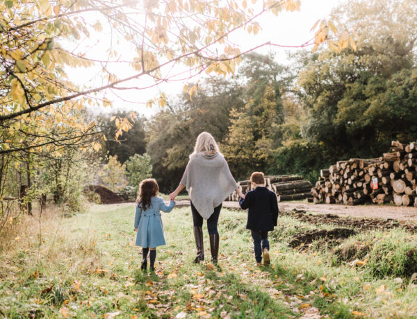 Outdoor Autumn Family Shoot
